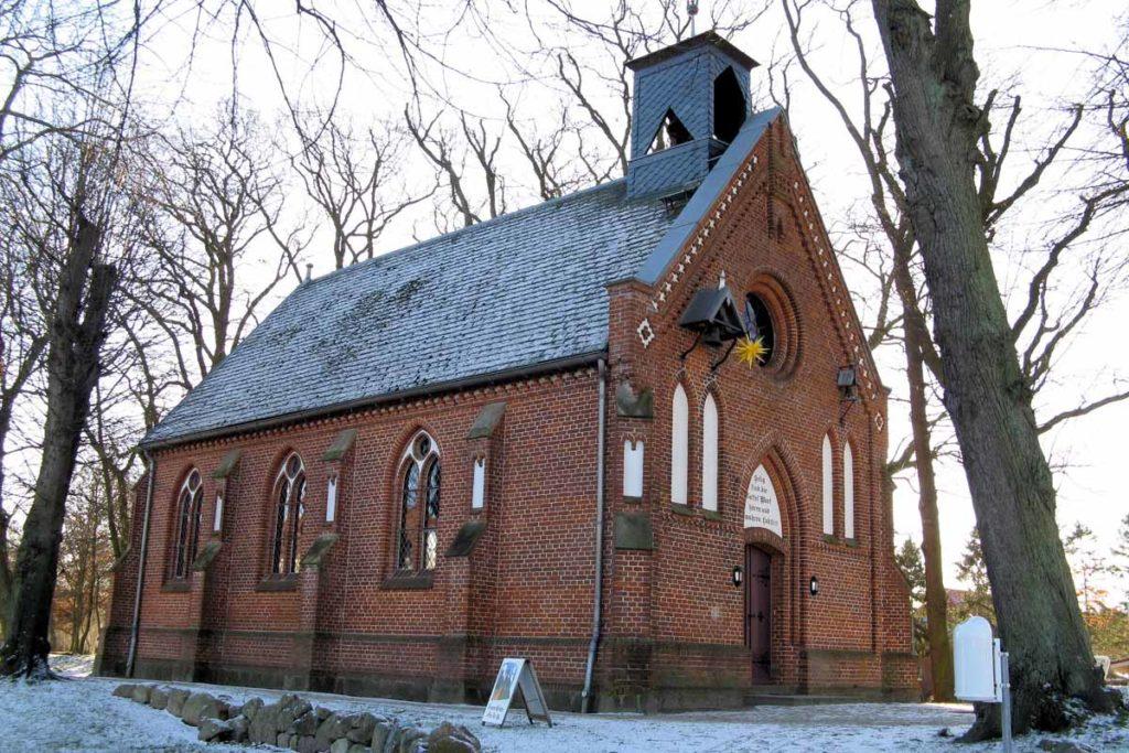 Die Kirche auf der Paulshöhe in Boltenhagen