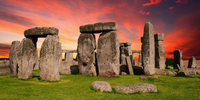 Stonehenge ist einer der bekanntesten Wahrzeichen in Großbritannien (Foto: Pixabay)[:en]Stonehenge ist einer der bekanntesten und Instagram-Wahrzeichen in Großbritannien