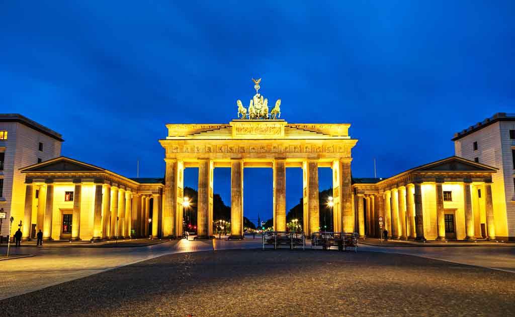 Das Brandenburger Tor ist das Wahrzeichen von Berlin