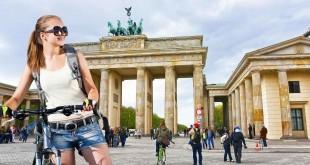 Mit dem Fahrrad zum Brandenburger Tor