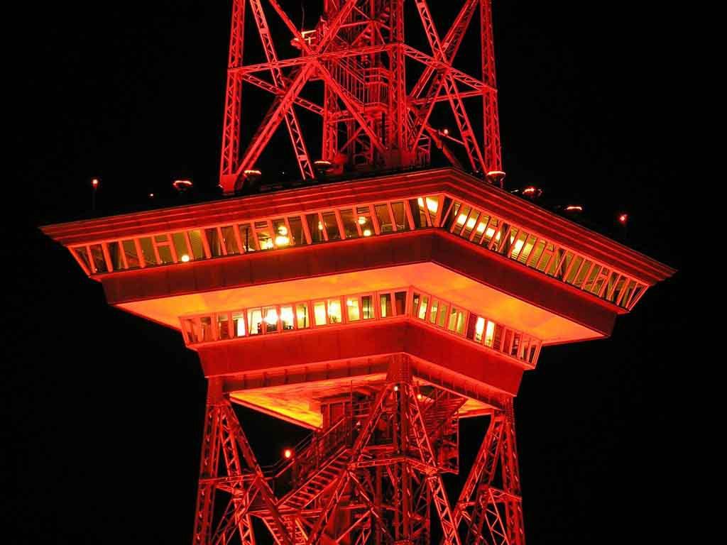 Der Funkturm wird von den Berlinern liebevoll der Lange Lulatsch genannt