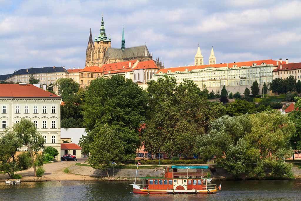 Der Hradschin ist der Burgberg von Prag