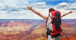 Woman-Mountain-Hiker-Grand-Canyon