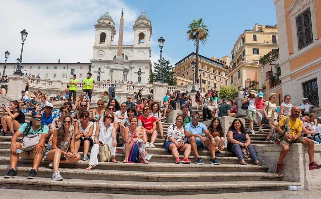 Die Spanische Treppe in rom ist die breiteste Treppe in Europa
