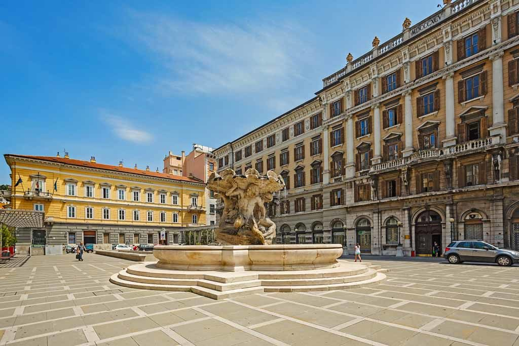 Der Square Vittorio Emanuele in der Altstadt von Triest