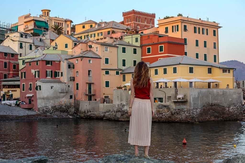 Die Hafenstadt Genua in Italien