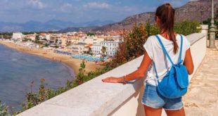 Young-Tourist-Sperlonga-Lazio-Italy