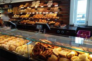 Die Bäckerei und Konditorei Peters ist in Binz und Sassnitz ansässig