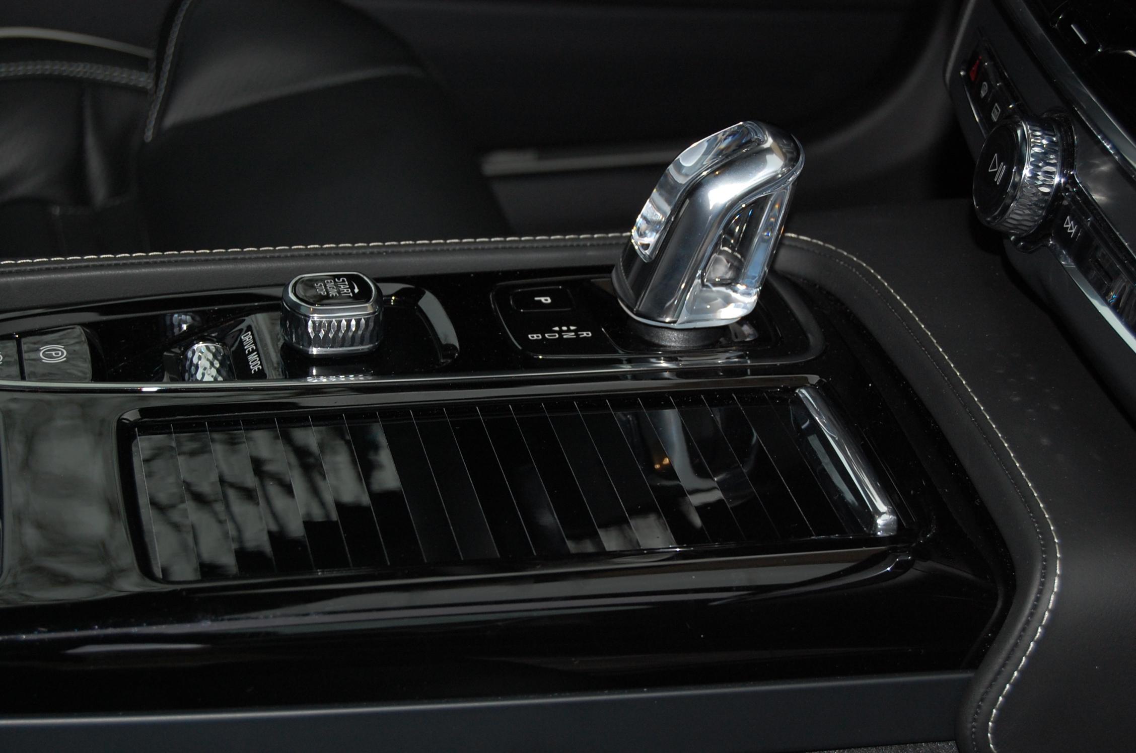 Volvo S90 T8 Twin Engine AWD R-Design Foto: F. Moritz