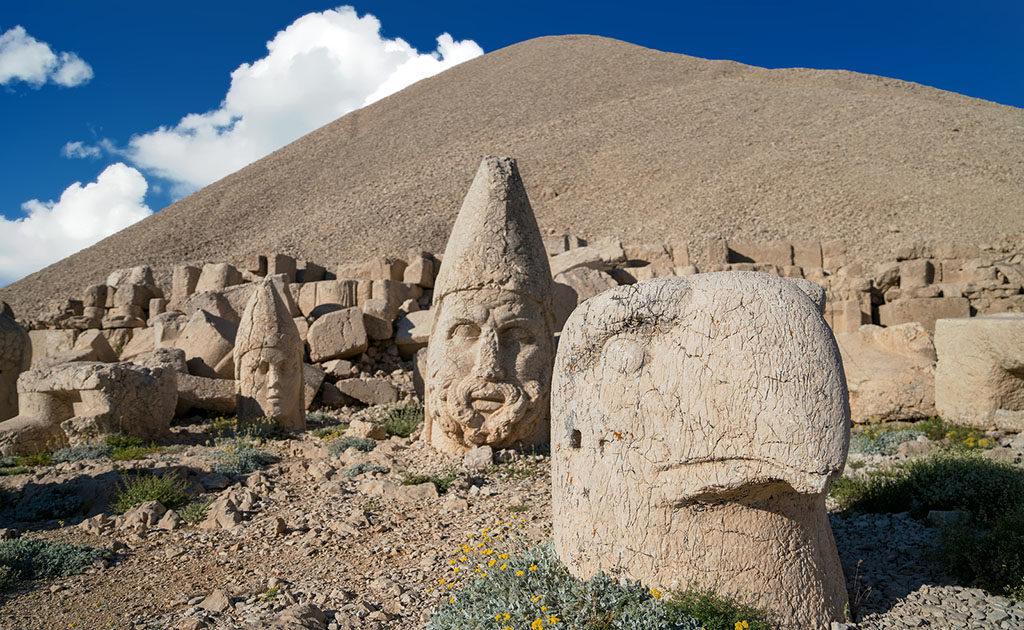 Der Berg Nemrut in der Türkei