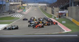 Die Start- und Zielgerade beim Formel 1 Rennen in Bahrain Foto: Bahrain Tourism & Exhibitions Authority