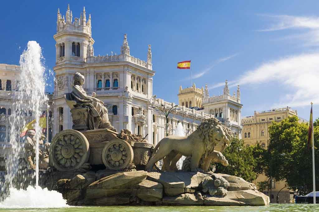 Der Brunnen auf dem Plaza de Cibeles in Madrid