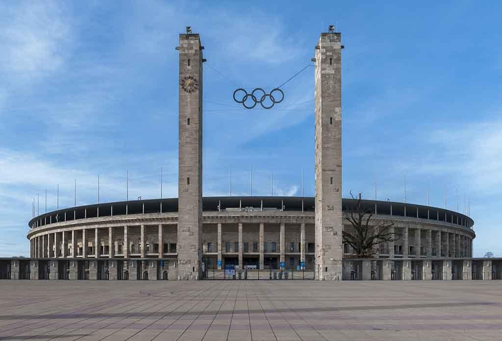 Olympiastadion Berlin vom Maifeld aus gesehen