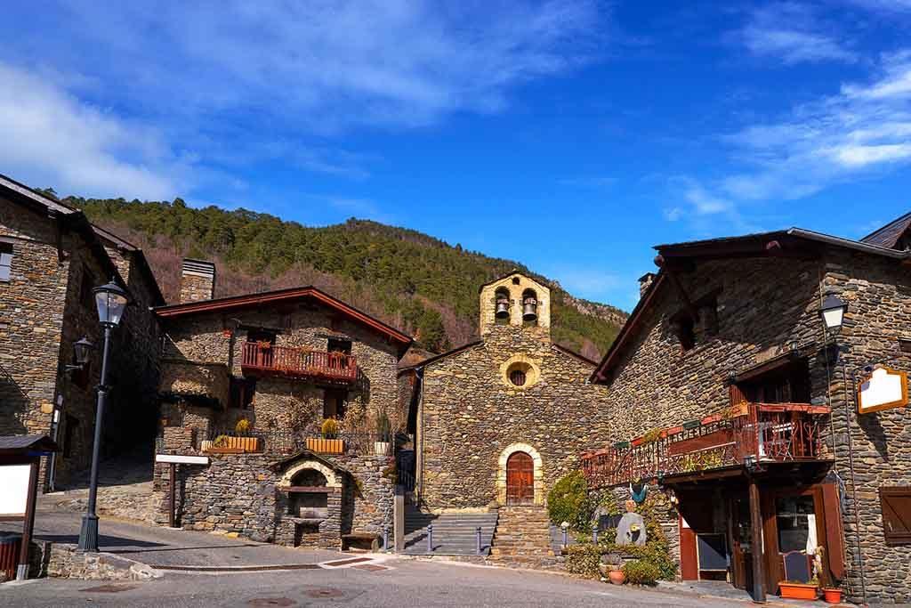 Das Dorf Llorts gehört zur Pfarrei Ordino, Andorra