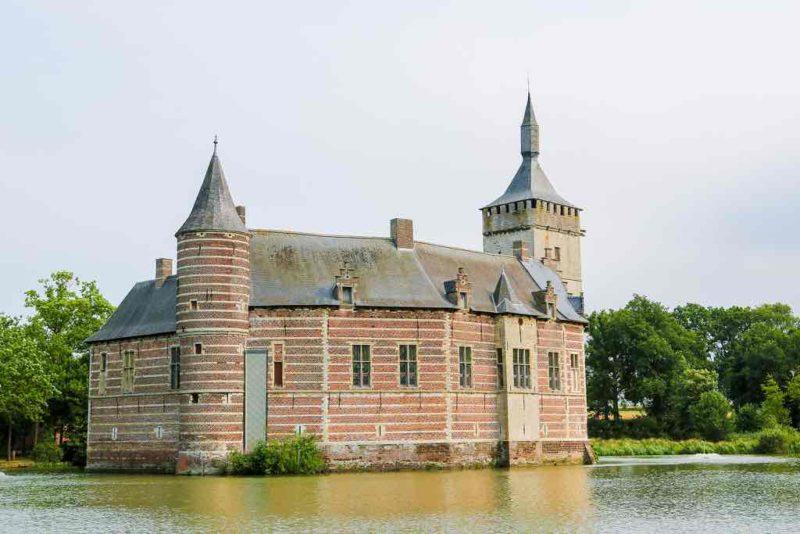 Die Burg Horst wird von den Einheimischen auch als Kasteel van Horst genannt