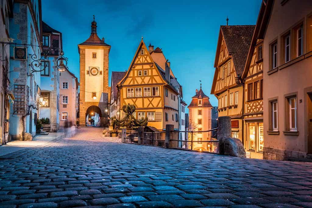 Das Plönlein an der Unteren Schmiedgasse in Rothenburg