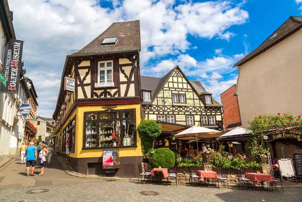 Die malerische Altstadt von Rüdesheim am Rhein
