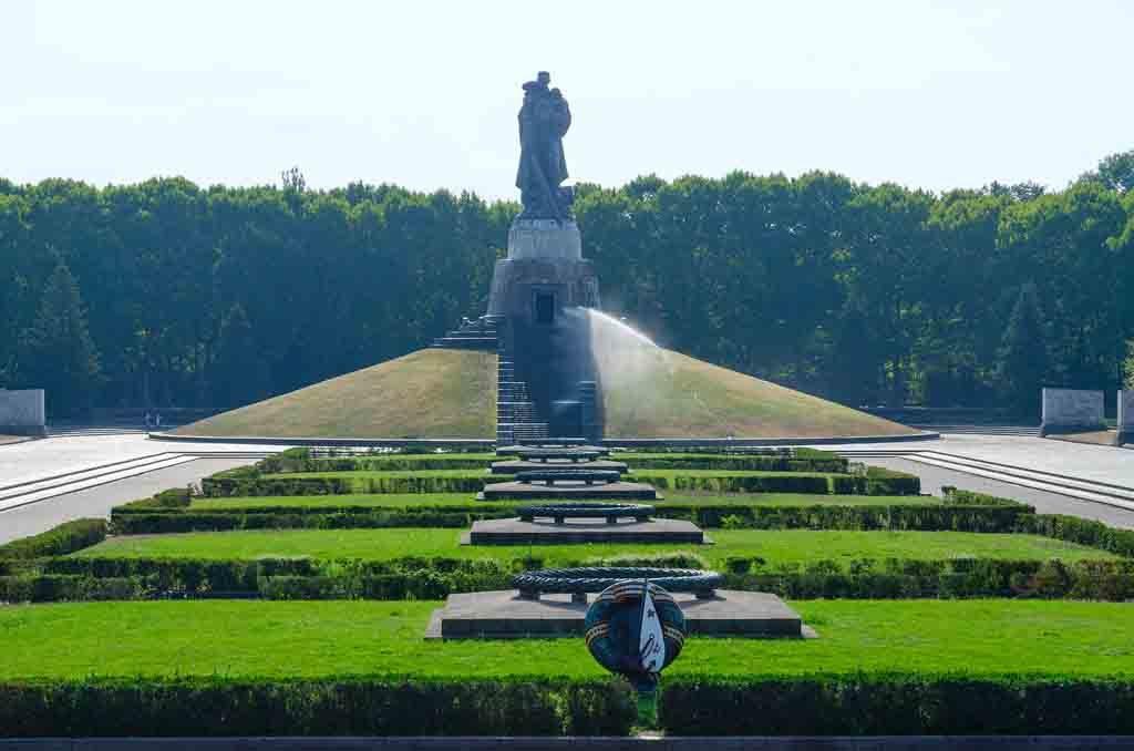 Das Sowietische Ehrendenkmal im Treptower Park