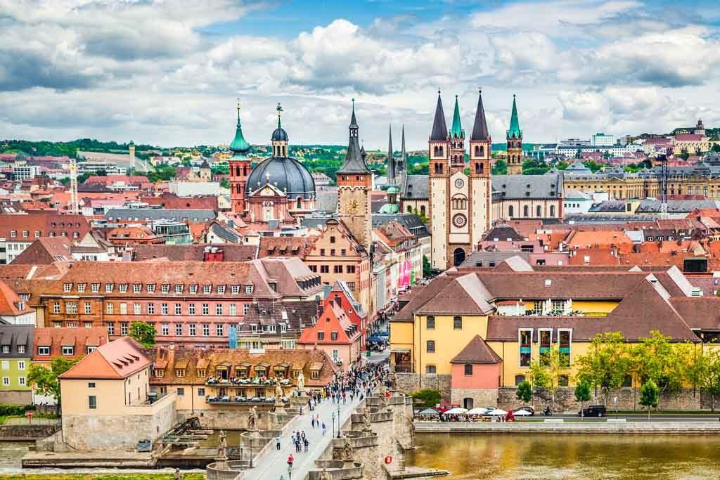 Blick auf die Altstadt von Würzburg