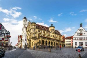 Blick auf die malerische Altstadt von Augsburg