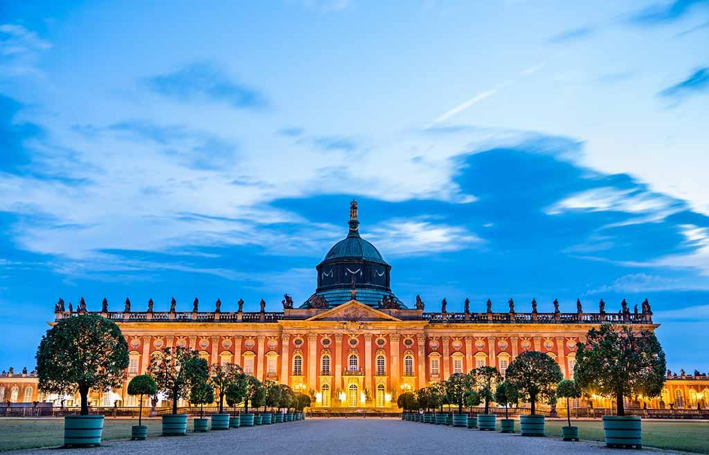 Das Neue Palais in Potsdam ist das größte Schloss in der Region Berlin-Brandenburg