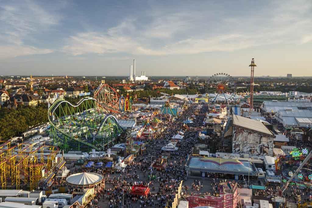 Oktoberfest auf der Theresienwiese in München