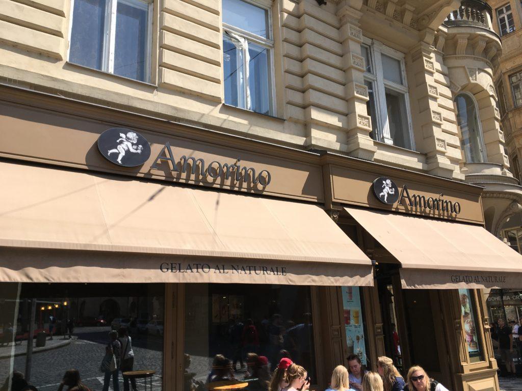 "Eis-Café ""Amorino"" in Prag Foto: F. Moritz"