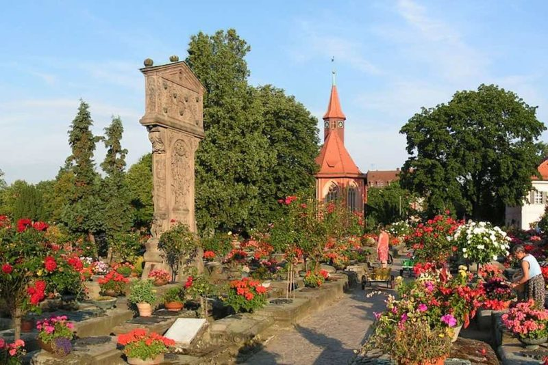 Der St. Johannisfriedhof in Nürnberg wurde 2013 zum schönsten Friedhof Deutschlands gewählt.