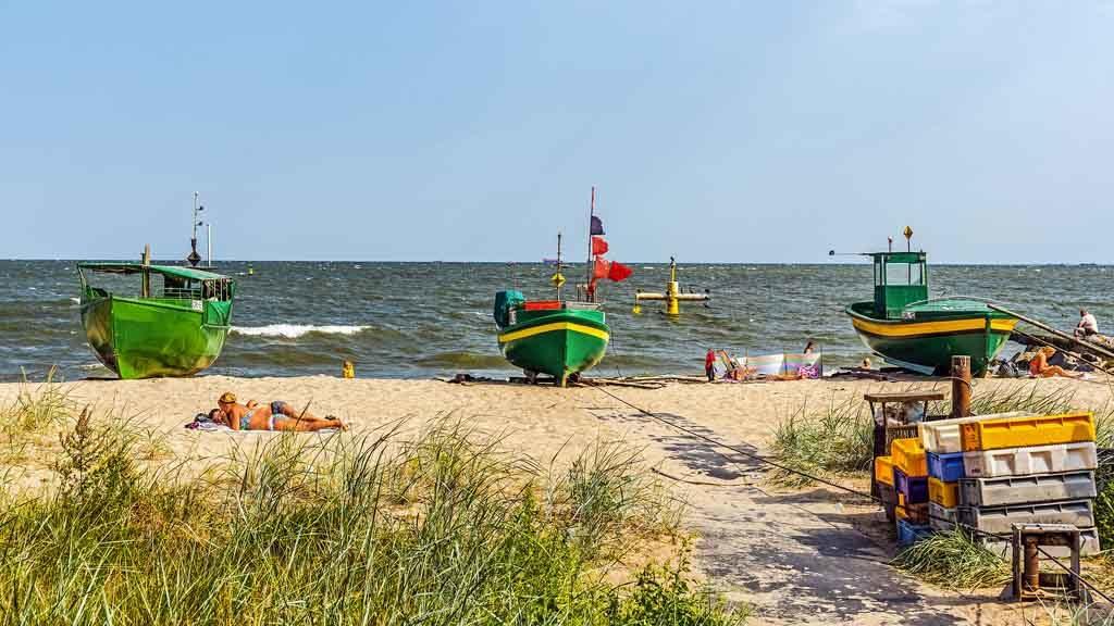 Unverkennbar, der Strand von Orlowo war vor nicht allzu langer Zeit ein Fischerdorf