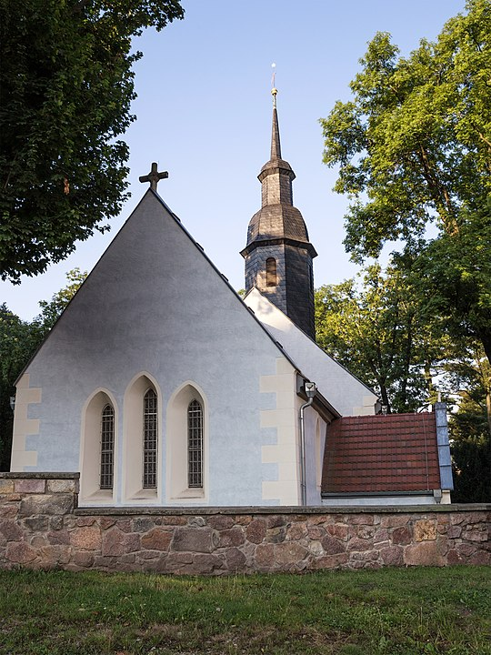 Sehenswert ist die Porzellanausstellung in der Nikolaikirche in Meißen