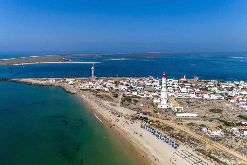 Die Ilha do Faro, ein Paradies für Wasservögel und Surfer