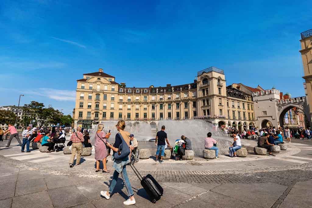 Der Karlsplatz in München