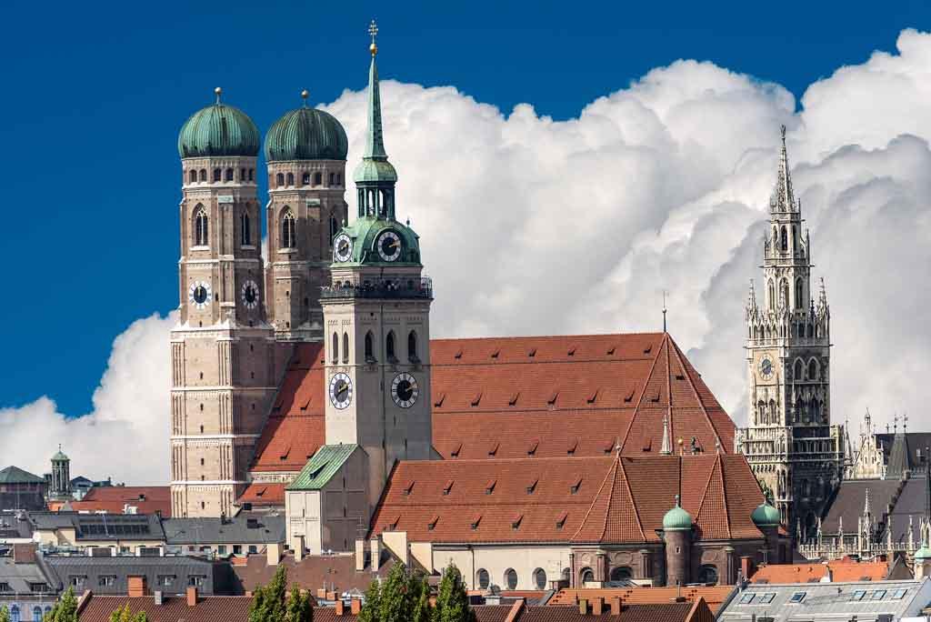 Die Peterskirche in München
