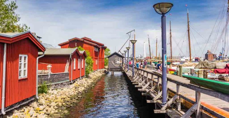 Auf der Museumswerft in Flensburgwerden Segel- und Arbeitsboote nach alter Tradition gebaut und restauriert
