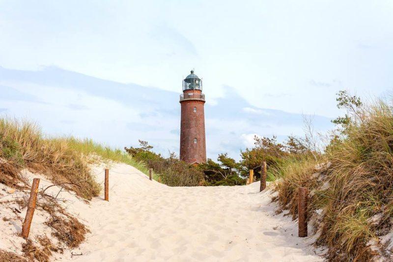 Der Leuchtturm Darßer Ort weist seit 170 Jahren den Fischern den Weg